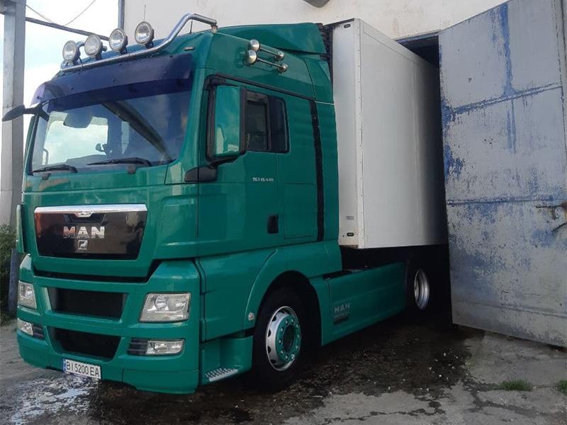грузовик MAN перевозка грузов
